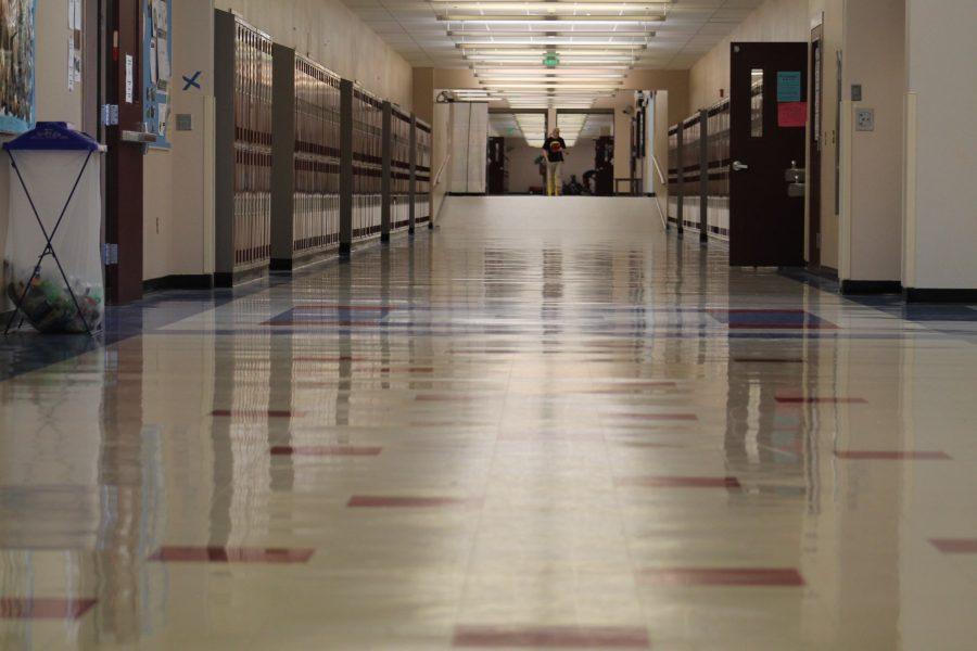 10/10 Rule Aims to Clear Hallways