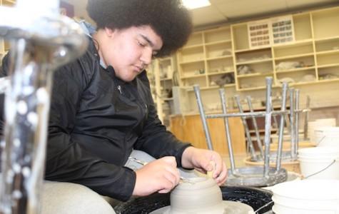 Washington Throws the Distance in Ceramics