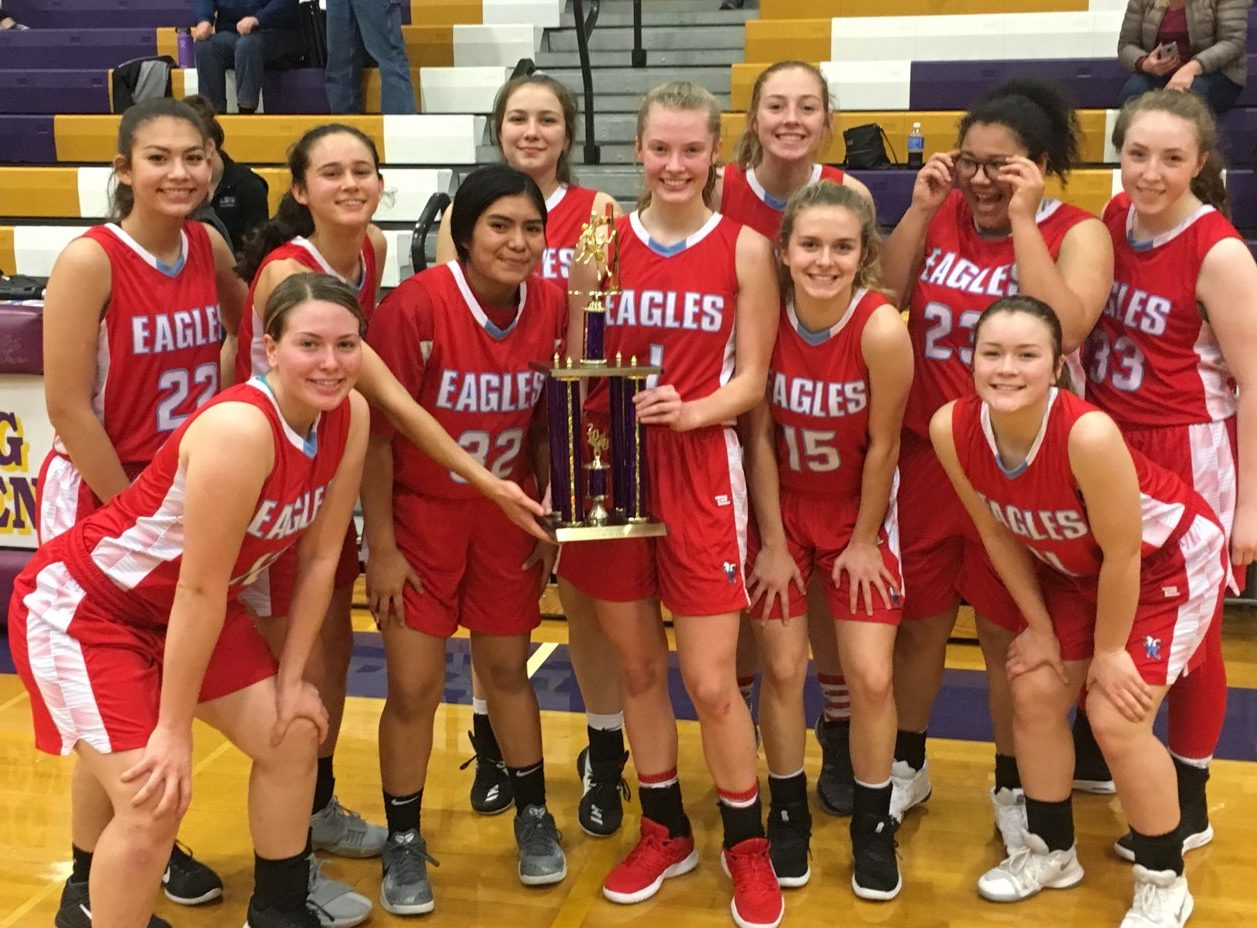 Varsity Girls win the Astoria Holiday Tournament.
